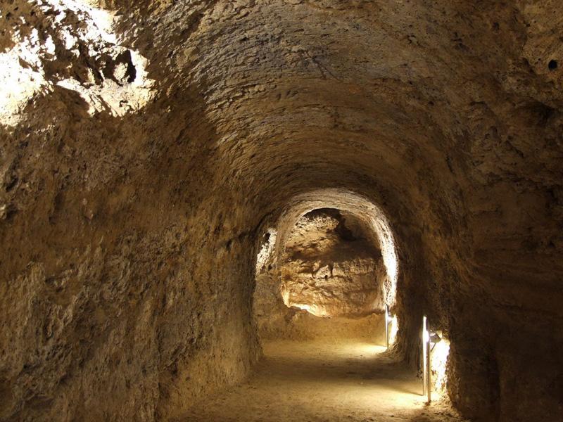 Megújult a Tettyei-mésztufabarlang